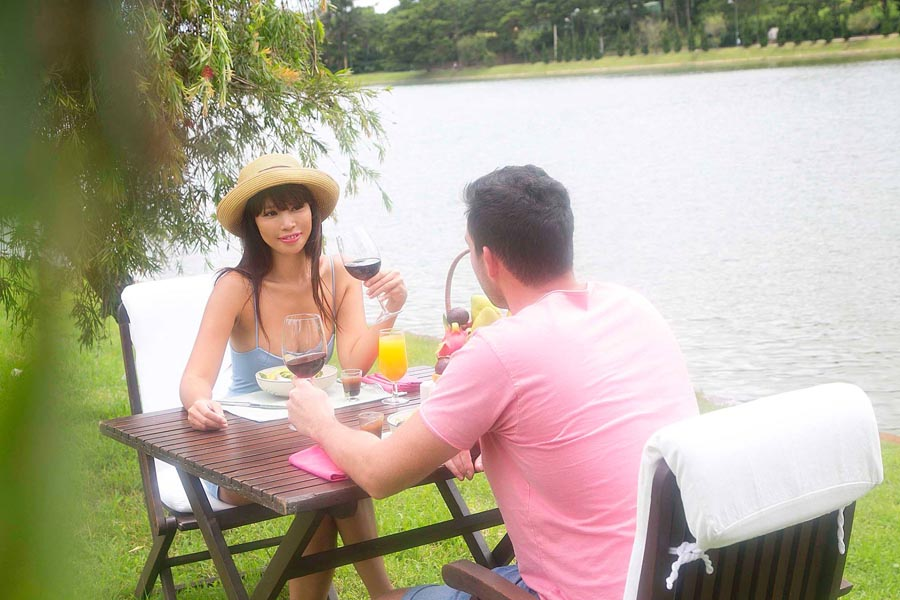 HaAnh-Picniclunch2